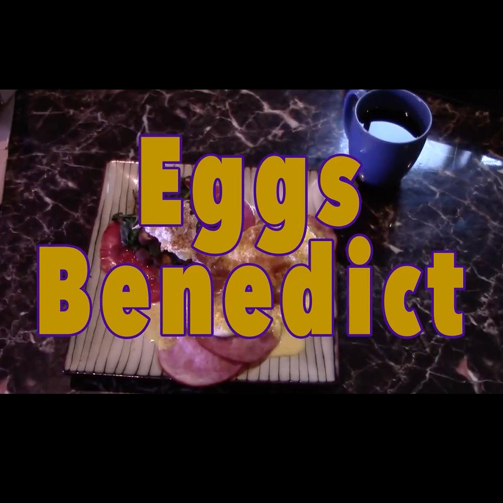 Breakfast eggsbenedict square